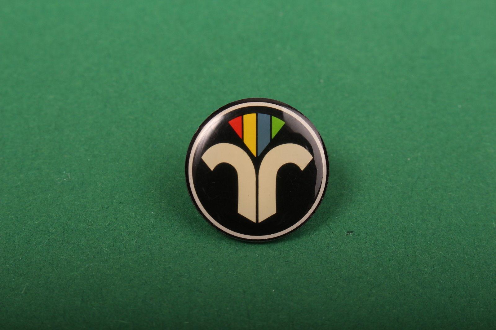 anstecker ziv emblem pin schornsteinfeger kaminkehrer kaminfeger. Black Bedroom Furniture Sets. Home Design Ideas