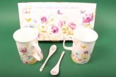 """Henkelbecher-Set + Porzellanlöffel """"Blumen und Schmetterlinge"""""""